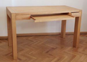 Schreibtisch 78×130×65 cm (h×b×t)